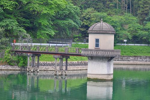 内日第二貯水池取水塔.jpg