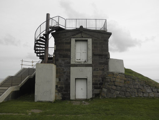 旧海軍の望楼.jpg